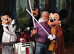 Джордж Лукас продал «Звездные войны» и «Индиана Джонс» корпорации The Walt Disney Company за 4 млрд. долларов.